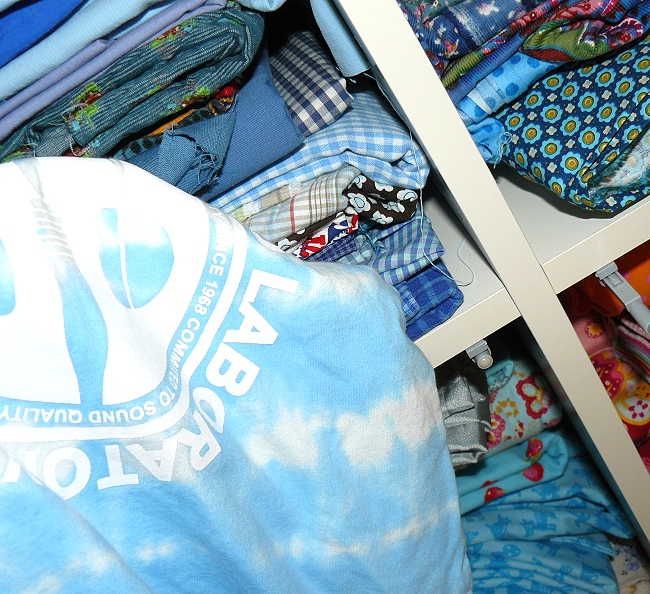 T-Shirt verzieren, pimpen, aufmotzen, farbenmix.de Webbänder