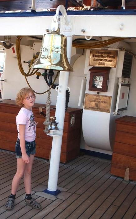 Gorch Fock/Segelschulschiff Glocke