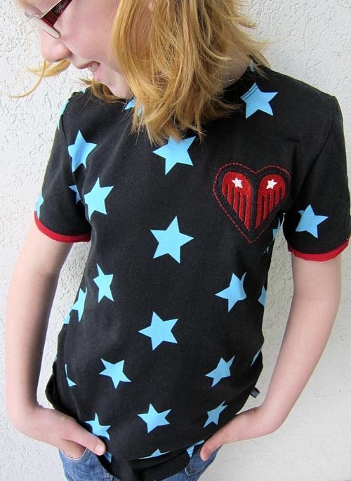 farbenmix Stoff, Shirt Schnittmuster HILDE, Stickmotiv, kunterbuntdesign