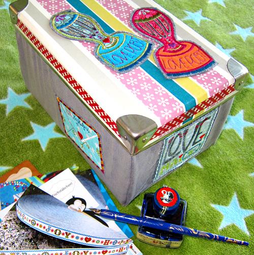 Briefbox nähen, sticken, farbenmix