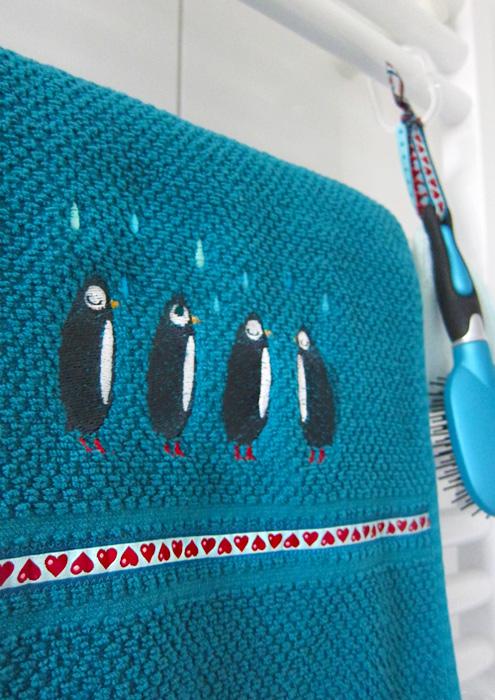 Pinguin Stickdatei, Huups, farbenmix