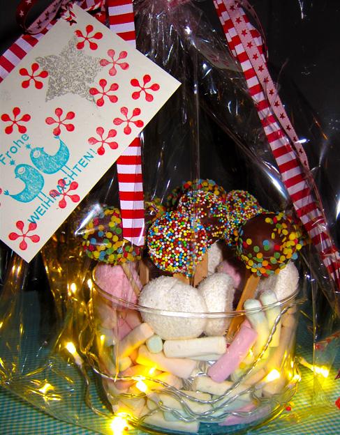 Kuchen am Stiel, Cake pops, Geschenk, backen, Kinder