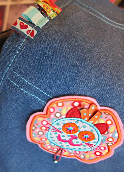 Jeanshose, Stickerei, farbenmix